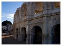 Арены Арля - римский амфитеатр, построенный в конце I в н. э.