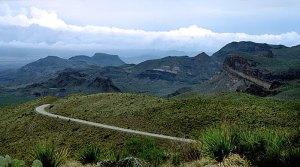 Живописная дорога Ross Maxwell scenic drive.