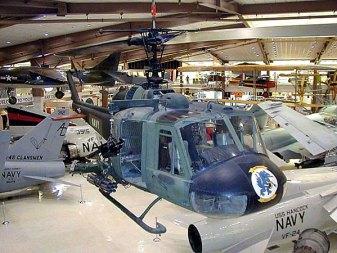 Вертолет Сикорского. Музей морской авиации в Пенсаколе.