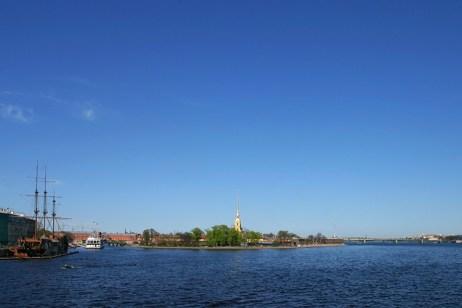 Вид на Заячий остров, где расположена Петропавловская крепость.
