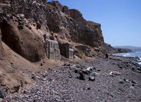 Старые склады на южном берегу.
