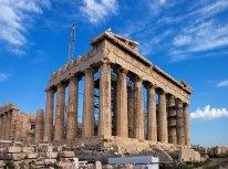 Знаменитый Парфенон в Афинском Акрополе. Реставрируется.