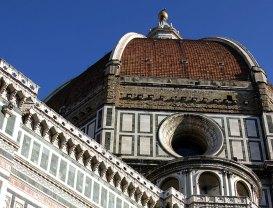 Кирпичный купол и мраморная облицовка Флорентийского Duomo. Флоренция.