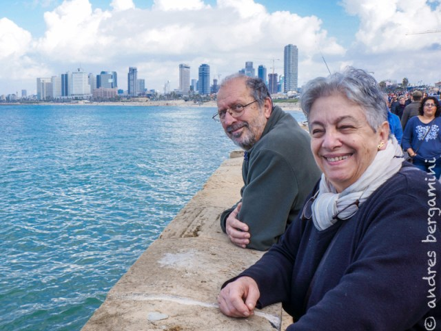 Natale tra gli stranieri di Tel Aviv