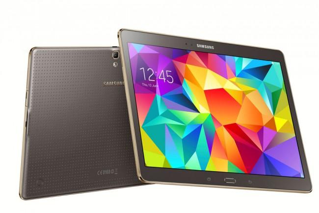 Die Tab S-Geräte kommen mit einem SuperAMOLED-Display, welches über eine Auflösung von 2560 x 1600 Pixel verfügt, daher.