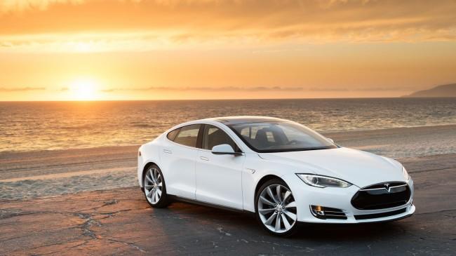 Elektroautos wie der Tesla Model S könnten von den neuen Solarzellen enorm profitieren. (Foto: Tesla)