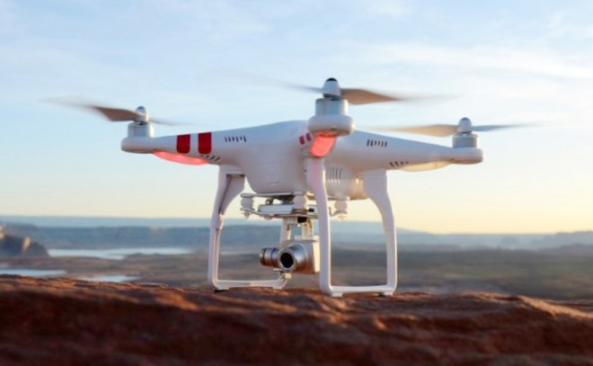 DJI-Phantom-2-Vision-Plus-Flying