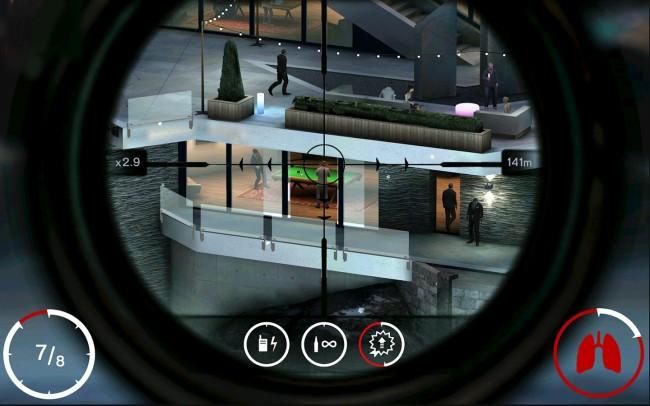 """Bei dem Spiel """"Hitman: Sniper"""" schlüpfst du in die Rolle des Auftragsmörders Agent 47, der 150 Missionen erledigen muss. (Bildschirmfoto: Square Enix)"""