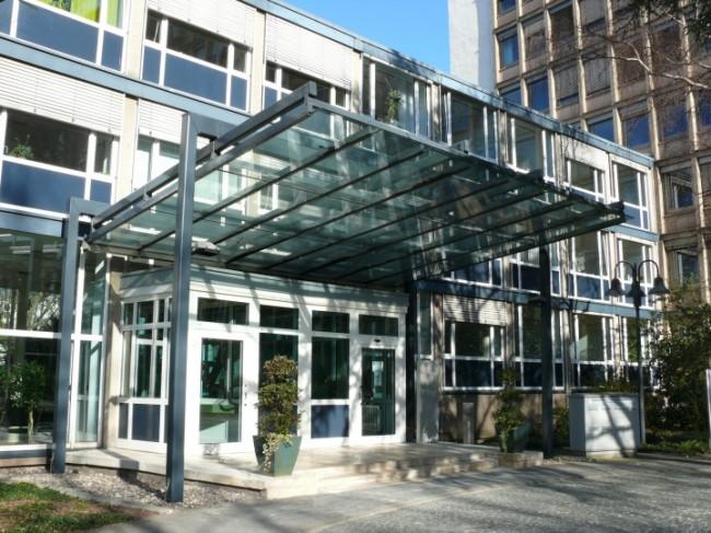 In Deutschland sind Hawala-Überweisungen lediglich dann illegal, wenn der Hawaladar ohne Genehmigung der Bundesanstalt für Finanzdienstleistungsaufsicht arbeitet. (Foto: Bundesanstalt für Finanzdienstleistungsaufsicht)