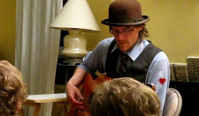 Hill Street Boat House (Seattle, WA) — live recording and video by Jesse Card