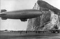 K-122 arriba a Gibraltar