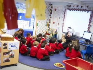 általános iskola Angliában