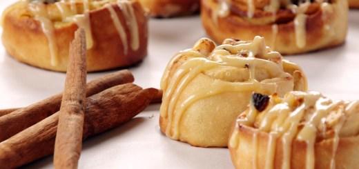 Apple Caramel Cinnamon Roll