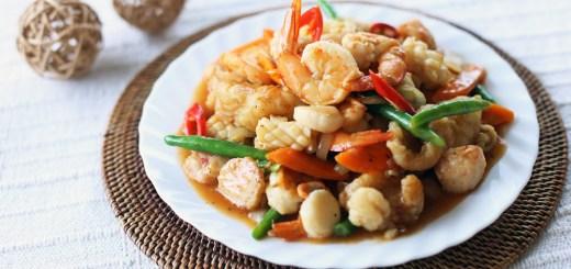 Thai Style Stir Fried Seafood Wide