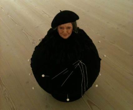 Kunst_mit_Verfallsdatum_Saatchi_Galerie_London_England_Anna_Szermanski_Collage_Papier_Kunst_Puppe_Plastik_14