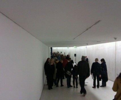 Eröffnung_KIT_Anna_Szermanski_Kunst_im_Tunnel_Sugar_Düsseldorf_Klasse_Katharina_Fritsch_Folklore_Gemüse10