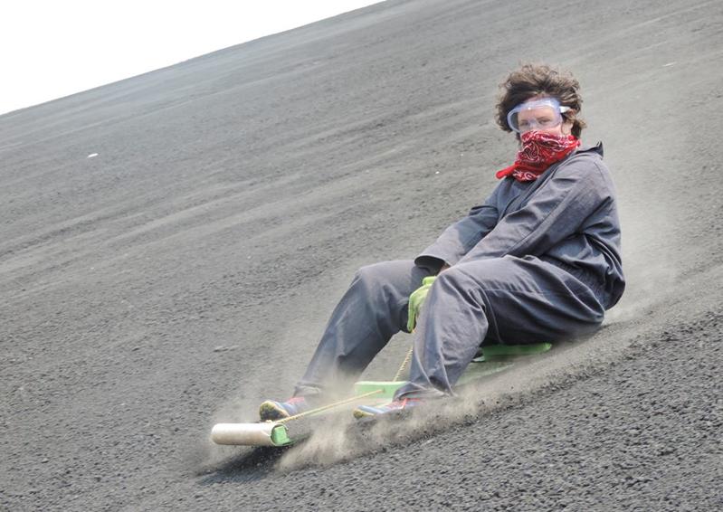 Descendre un volcan en luge