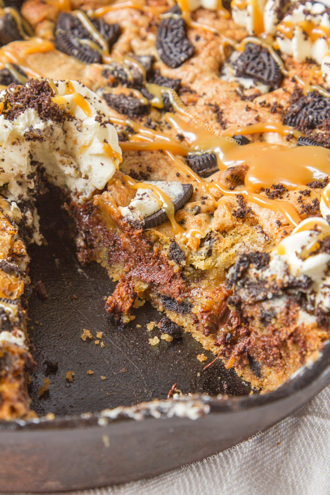 Salted Caramel Filled Oreo Chocolate Chip Skillet Cookie ...