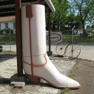 the big boot, antique archaeology, american pickers, mike wolfe,