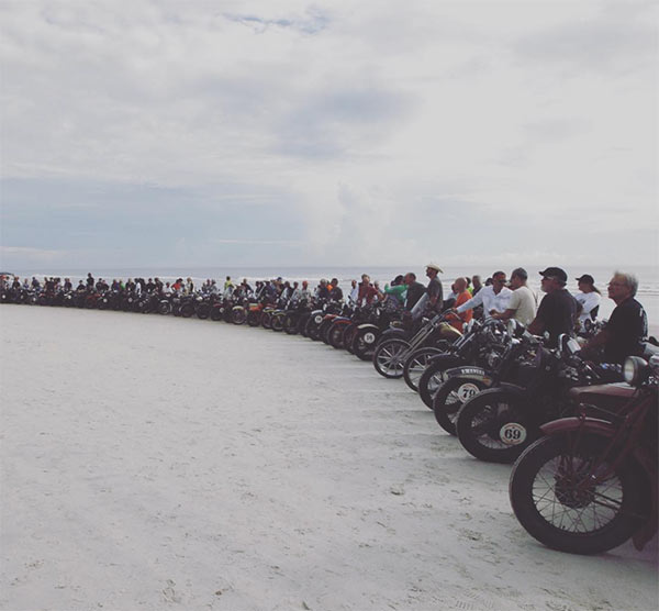 Cannonballers line up ready to ride across America