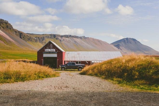 Genom svindlande isländska landskap till häst
