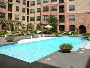 2222 Smith St Pool Area