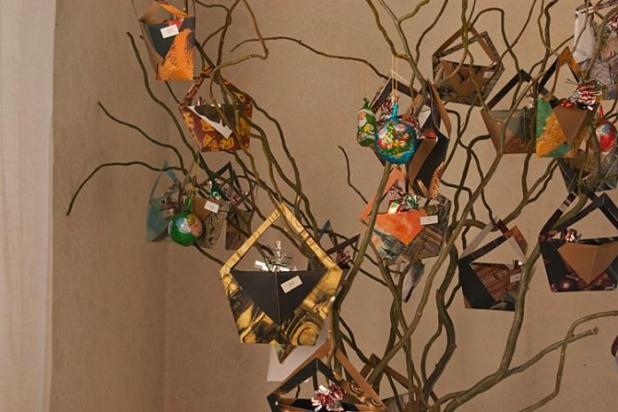 Diy r cup 39 tuto l 39 arbre calendrier de l 39 avent apodioxe - Arbre de l avent ...