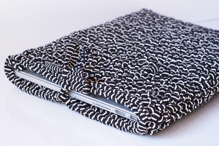 Tuto crocheter une housse pour ordinateur portable - Tuto sac ordinateur portable ...