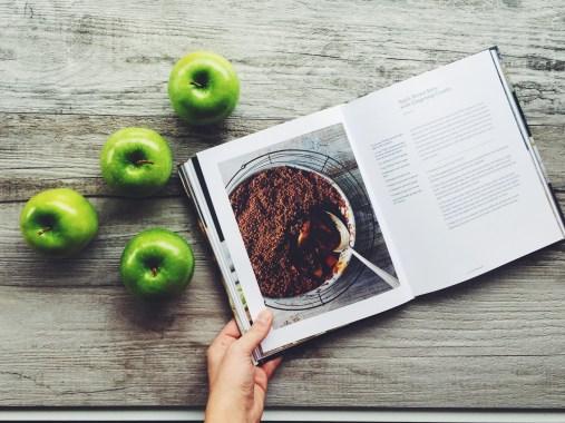appeasing-a-food-geek-apple-brown-betty-18