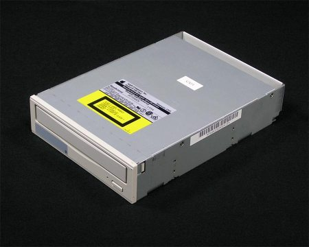 AppleCD 300 Plus CD-ROM Drive