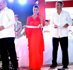 EXCLUSIVE-Punta Cana, La Altagracia - 11/02/13 - Breathless Punta Cana Resort & Spa Grand Opening with Kourtney Kardashian & Scott Disick -PICTURED: President of the Dominican Republic Danilo Medina, Kourtney Kardashian -PHOTO by: Seth Browarnik/