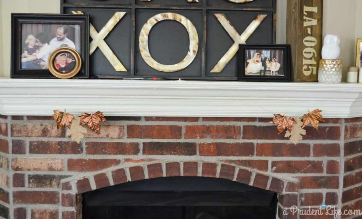 Easy fall burlap & bronze DIY garland