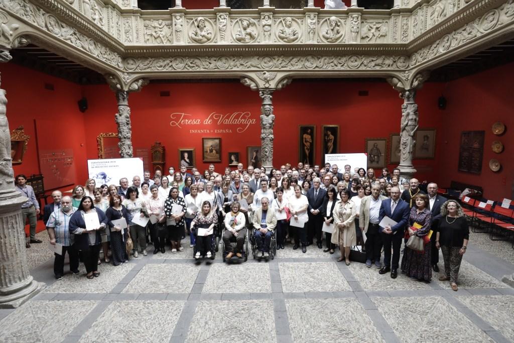 Firma de convenios sociales Zaragoza Fundaciones Ibercaja y CAI