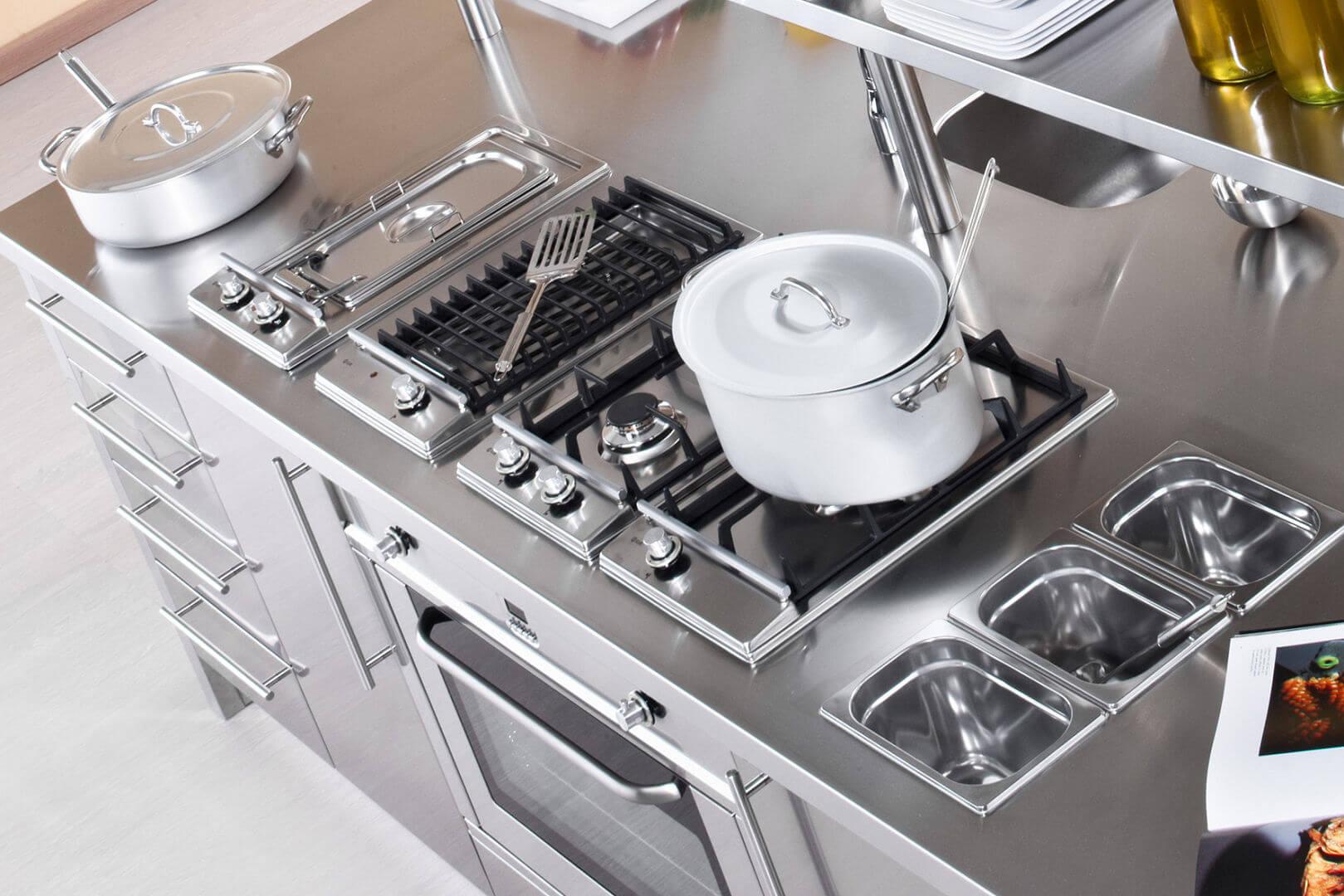 Work station arca cucine italia cucine in acciaio inox - Mobile lavello cucina leroy merlin ...