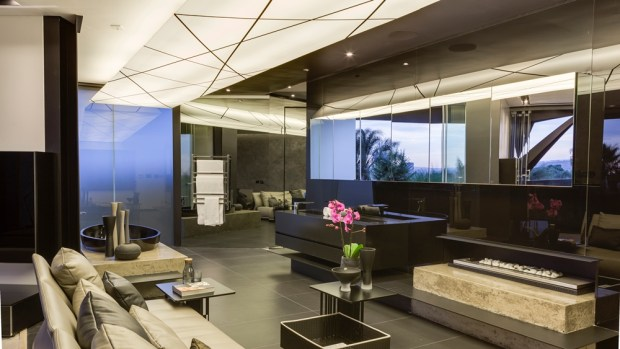 Amazing interior in Kloof Road House