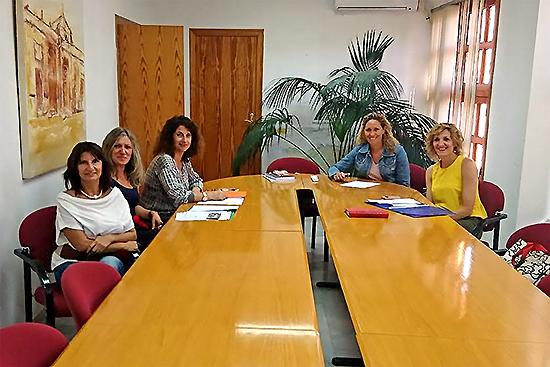 La comisión de seguimiento de las actividades del Centro de la Mujer vuelve a valorar la acción realizada durante este año