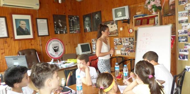 Arhavi ADD Şubesinden Ücretsiz Ders ve Söyleşi Etkinliği