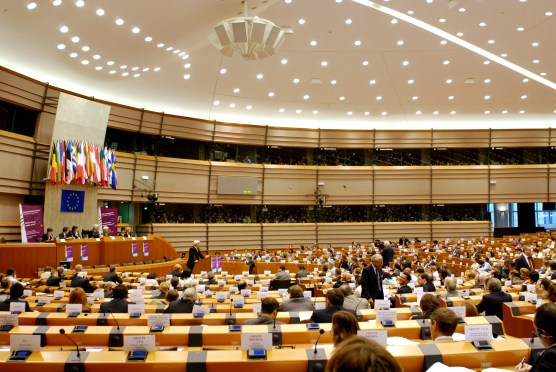 European Parliament adopts resolution on Centennial of the Armenian Genocide, calls on Turkey to reconcile with its past