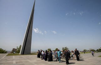 The WCC Executive Committee at the Armenian Genocide Memorial in Yerevan. Photo: Grigor Yepremyan