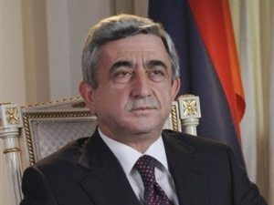 sarkisian 300x225 Sarkisian Agrees to Discuss Hovannisian's Proposal