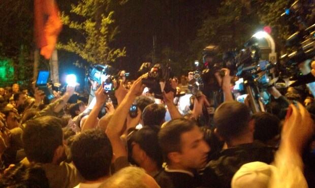 IMAG1091 1024x612 Hovannisian Supporters Scuffle with Police in Yerevan
