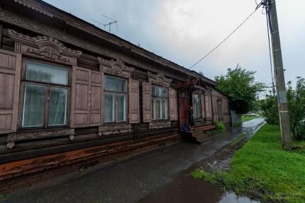 Holzhaus als Unterstand in Omsk
