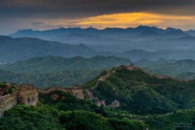 Chinesische Mauer bei Sonnenuntergang