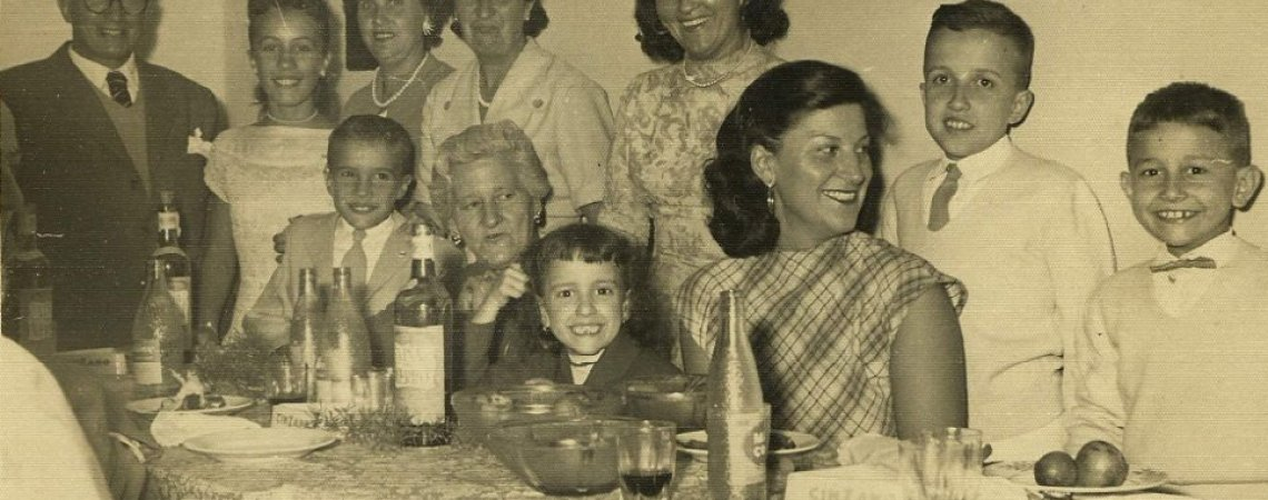 Foto familiar de la infancia de Eduardo
