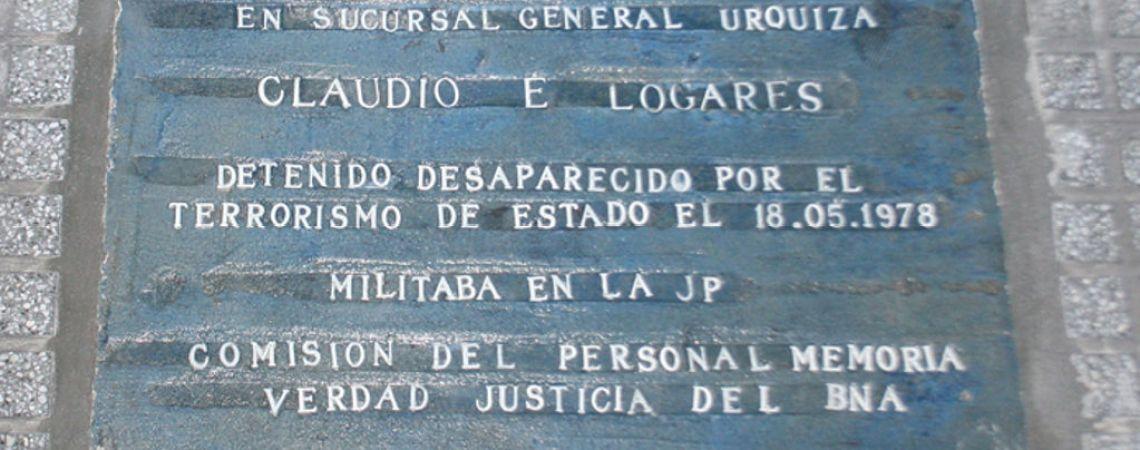 Marca de memoria. Baldosa en la Casa Central el Banco de la Nación Argentina