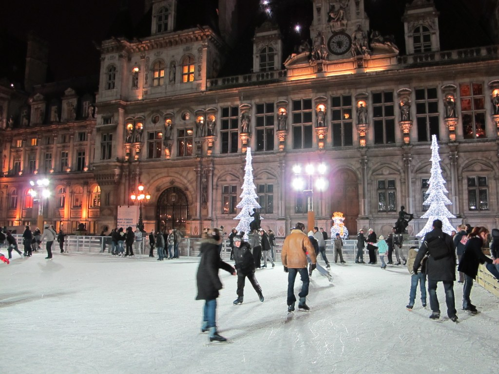 Open Air Ice Skating at the Hotel de Ville - © Arrivals Travel - Photographer : Curt Woodhall