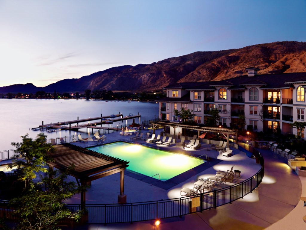 Walnut Beach Resort, Osoyoos