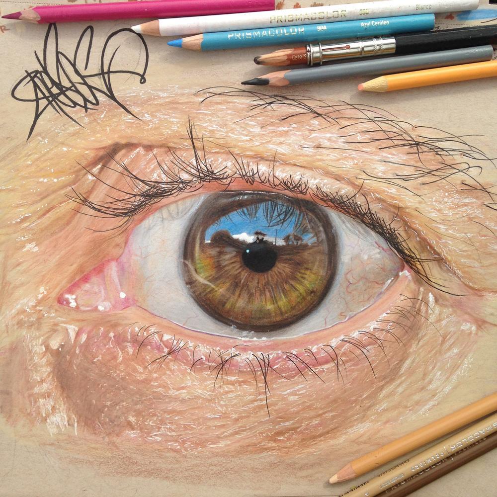 jose_vergara_drawings_pencil_eyes_hyperrealistic_father_colors