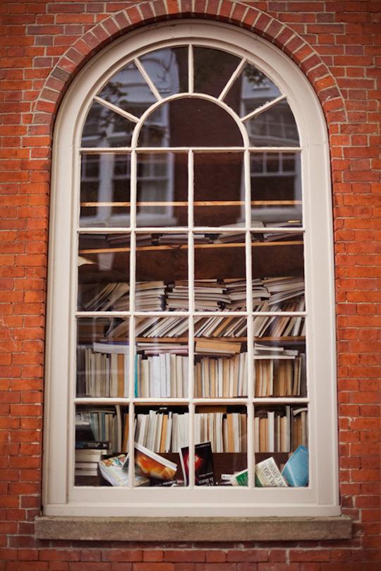 bookshelf_porn_13