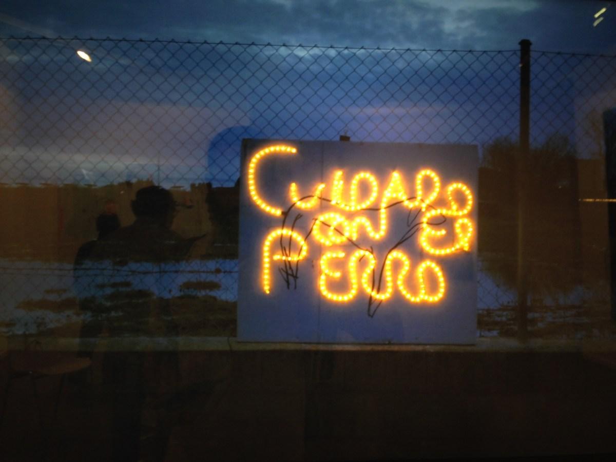 galeria adora calvo-cuidado con el perro-elias santos-feria estampa 2015
